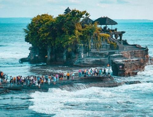Tanah Lot Temple, Bali Paradise